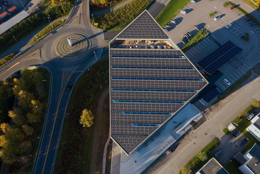 Powerhouse Telemark er et av ett av byggene det ifølge CNN er knyttet høyest forventing til i verden.  Foto: Ivar Kvaal
