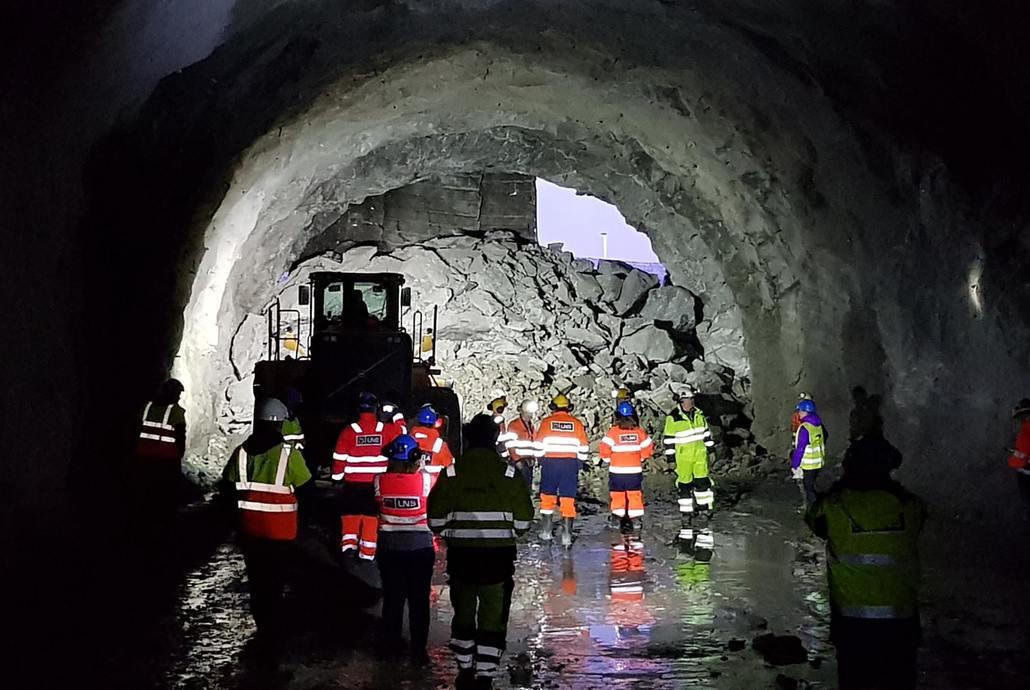 Gjennomslag i tunnelen som kobler sykehustomten på E6. Foto: Asplan Viak