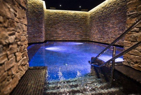 Klassisk badehuskultur fra hele verden. Foto: The Well