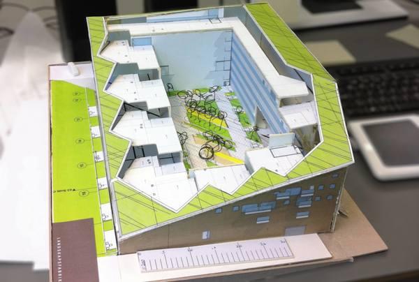 Modell av gårdsrommet på Sørenga. Foto Andreas Nypan