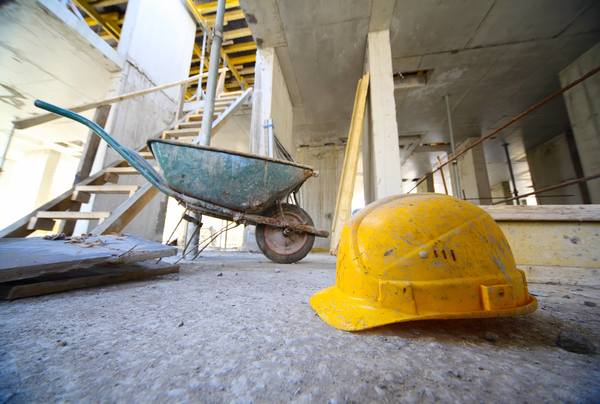Selv om nye bygg kan bli mer energieffektive i drift, kan tiden det tar før utslipp fra byggefasen «tilbakebetales» gjennom reduserte utslipp fra energibruk i drift være lang.  Foto: Shutterstock