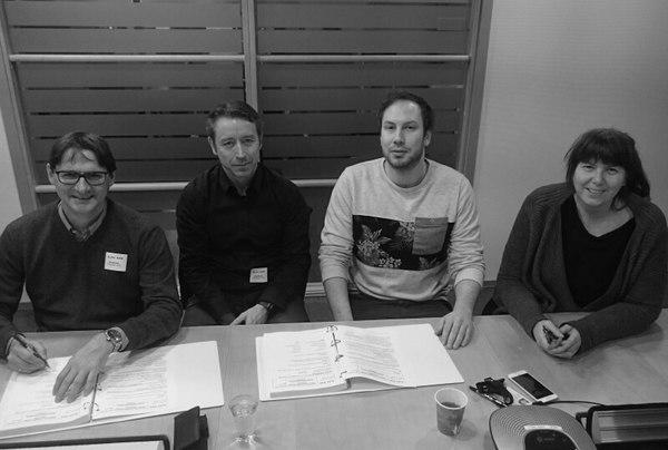 Fra kontraktsmøte. Fra venstre: Dag Hveding (Asplan Viak), Raymond Siiri (Asplan Viak), Christian Nielsen (Bane NOR) og Vibeke Aarnes (Bane NOR)