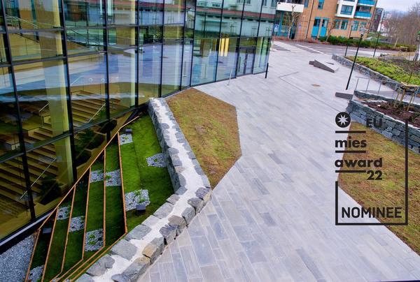 <p>Anortositt fra Sirevåg, utformet med samme fotavtrykk som bygningen. Foto: Jack Jensen</p>